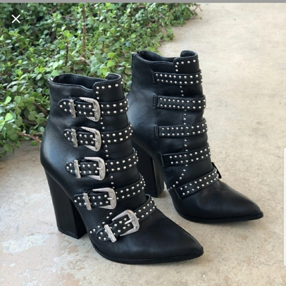9390f2d3f0a Steve Madden Comet Ankle Bootie